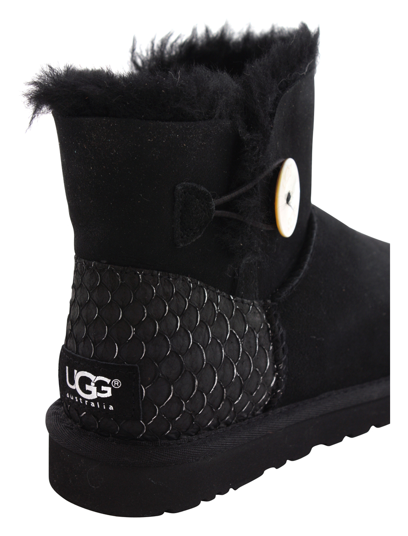 ugg bailey button perla