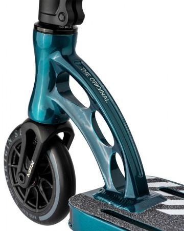 MGP ORIGIN TEAM LTD Scooter nickeled blue