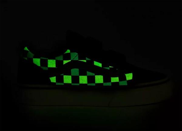 OLD SKOOL V YOUTH NEON GLOW Schuh 2021 black/multi